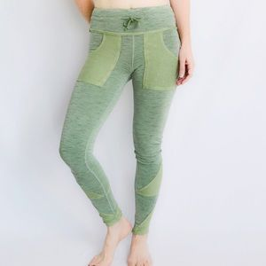 {Anthro} Free People Movement Kyoto Legging - XS